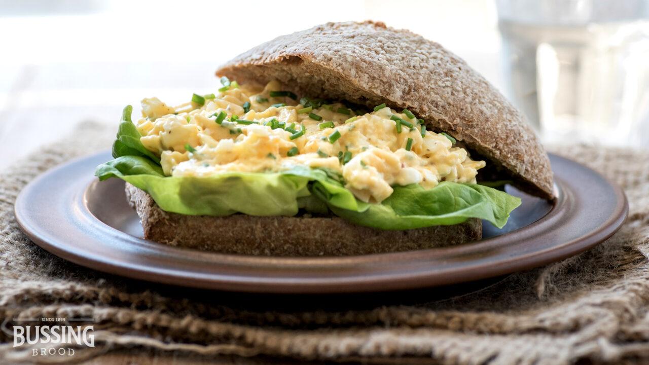 bussing-brood-rogge-rakker-bierbostel-oude-kaas-salade