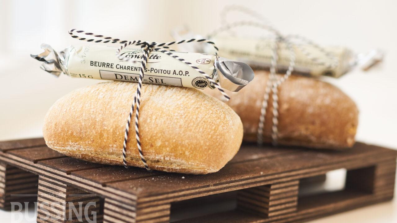 bussing-brood-tafelbrood-kleintje-desem-met-boter