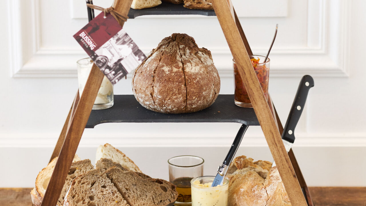 bussing-brood-tafelbrood-piramide-voorkant