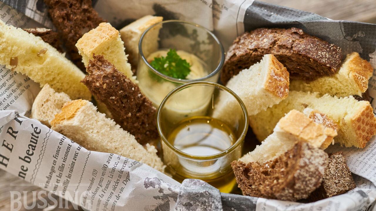 bussing-brood-tafelbrood-strips-met-olie